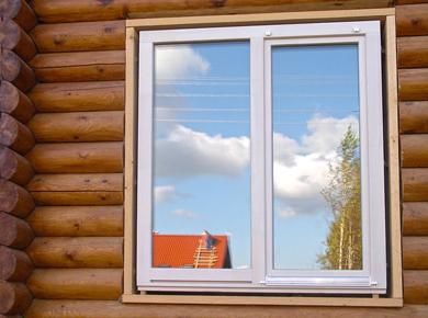 okna_v_derevyannom_dome