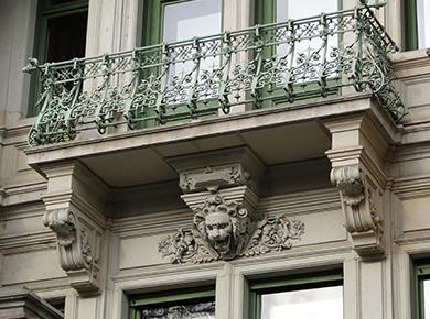 Kogda_pridumali_balkon